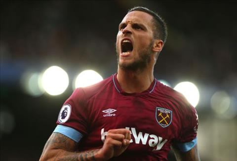 Marko Arnautovic chua chac co the ra san truoc MU