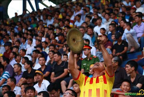 Cac CDV Nam Dinh phan khich khi doi dau voi HAGL.
