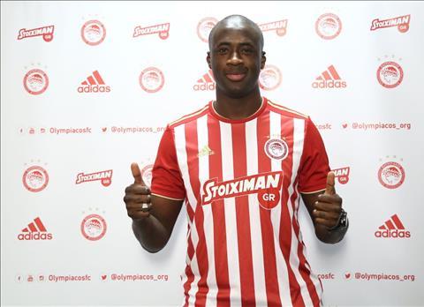 Yaya Toure tro lai Olympiacos