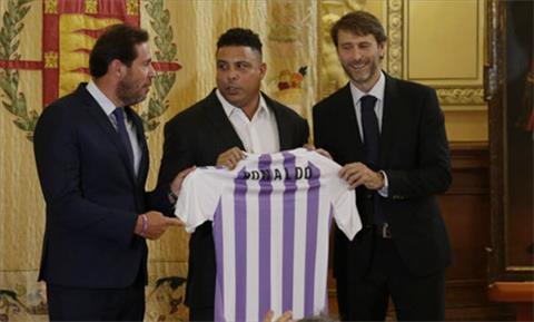 Ronaldo béo trở thành chủ sở hữu CLB hạng 2 TBN hình ảnh