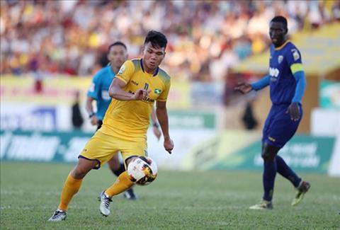 Hậu vệ Phạm Xuân Mạnh có nguy cơ lỡ hẹn AFF Cup vì chấn thương hình ảnh