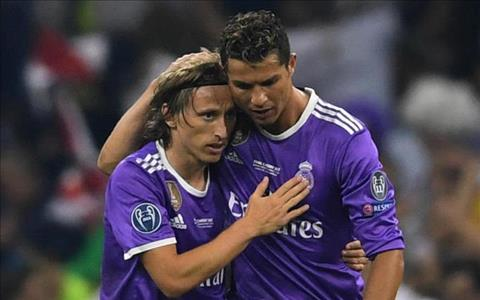 Ronaldo phản ứng thế nào sau khi bị Modric làm bẽ mặt hình ảnh