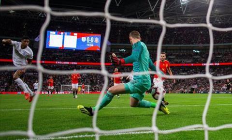 Marcus Rashford dính chấn thương sau trận thua Tây Ban Nha hình ảnh
