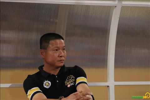 HLV Chu Dinh Nghiem tiet lo muc tieu cua Ha Noi la Cup QG 2018.
