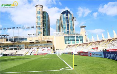 Tran dau giua DT Viet Nam vs Iran se dien ra tren SVD Al Nahyan thuoc thanh pho Abu Dhabi (UAE).