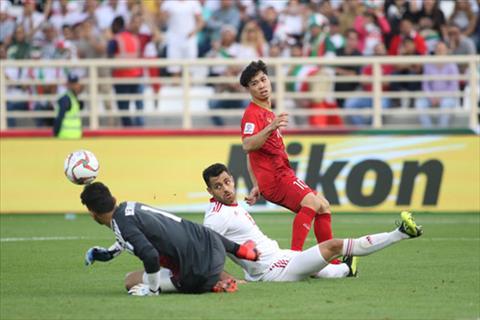 Cong Phuong o tran Viet Nam 0-2 Iran