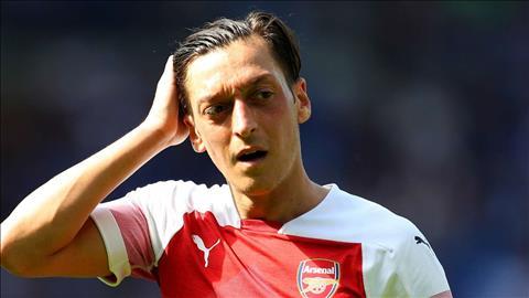 Điểm tin bóng đá tối 2001 Mesut Ozil giảm lương tới MU hình ảnh