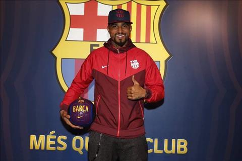 4 chiến thắng và 2 thất bại khi Kevin-Prince Boateng đến Barca hình ảnh