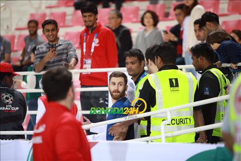 Ảnh Messi xuất hiện trong trận Hàn Quốc vs Bahrain và cái kết không ngờ hình ảnh 2