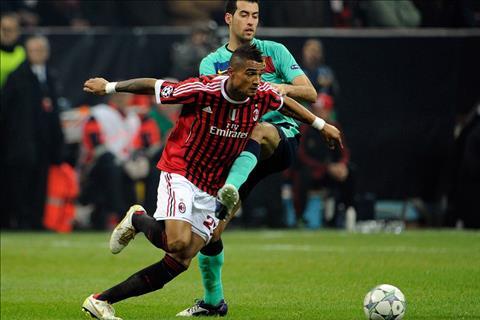 Boateng vs Busquets Barca vs Milan