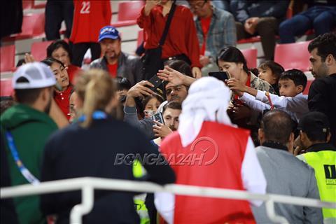 Messi xuất hiện trong trận Hàn Quốc vs Bahrain hình ảnh