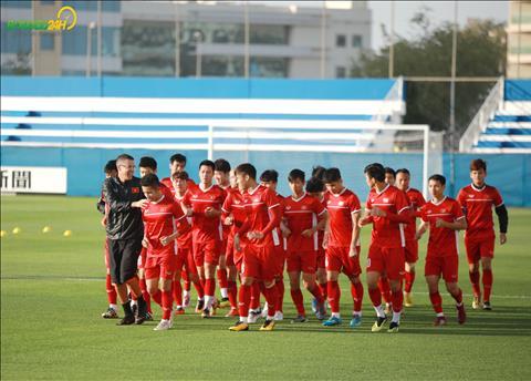 HLV Park Hang Seo dặn dò riêng Quang Hải trước trận gặp Nhật Bản hình ảnh