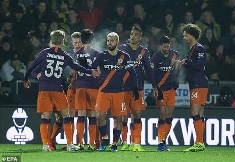 Man City danh bai Burton 1-0 o luot ve ban ket cup Lien doan Anh 2018/19