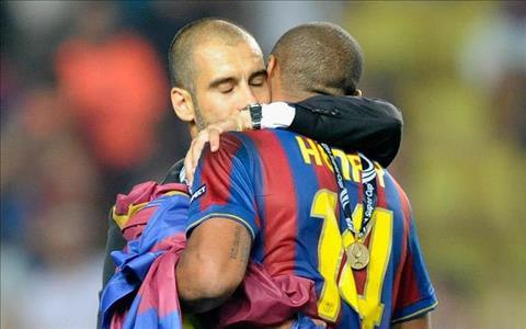 Pep Guardiola nói về Thierry Henry với sự thông cảm hình ảnh