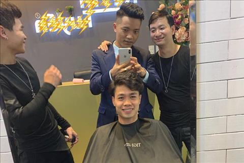 Công Phượng thay đổi kiểu tóc cực đẹp trai đón Tết hình ảnh