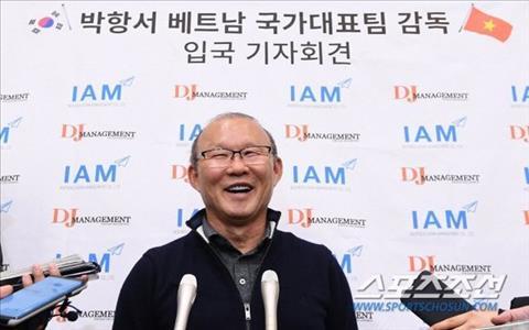 HLV Park Hang Seo được chào đón như người hùng ở quê nhà Hàn Quốc hình ảnh