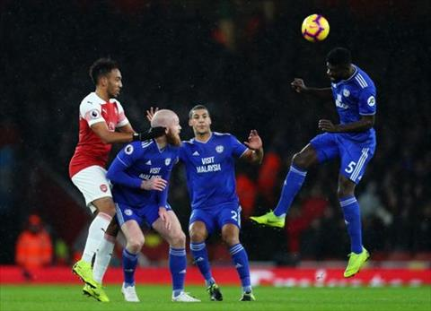 Arsenal vs Cardiff hiep 1