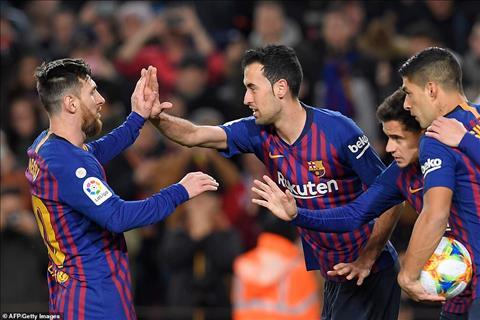 Tuy vay, chien thang hoanh trang cua Barca van mang dam dau an cua cap doi Messi vs Suarez