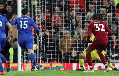 Liverpool vs Leicester Maguire go hoa