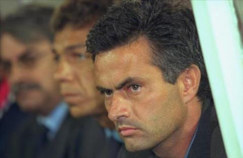Mourinho thoi gian con lam viec o Benfica