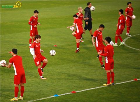 Đội hình Việt Nam vs Iraq Công Phượng đá cắm tại sao không hình ảnh