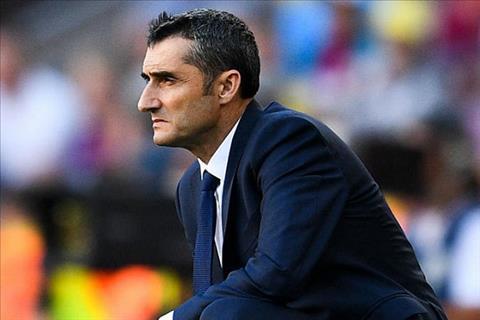 Pique ung ho HLV Valverde