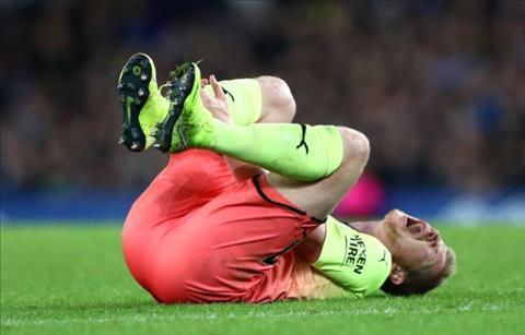 Pep Guardiola xác nhận Man City mất trụ cột quan trọng cuối tuần này hình ảnh