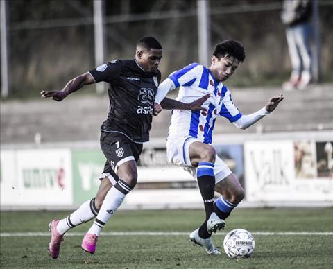 Văn Hậu có thể sớm được thi đấu cho đội 1 Heerenveen hình ảnh