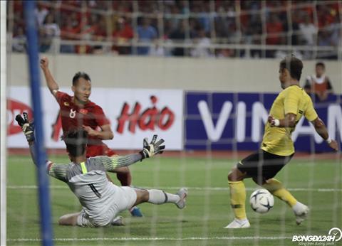 Điểm nhấn trận Việt Nam 1-0 Malaysia Điểm tích cực đến từ Quang Hải hình ảnh 2