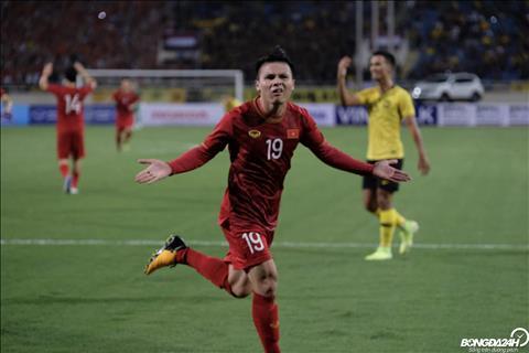 Quang Hải từ chối 4 đội bóng để gắn bó với CLB Hà Nội hình ảnh