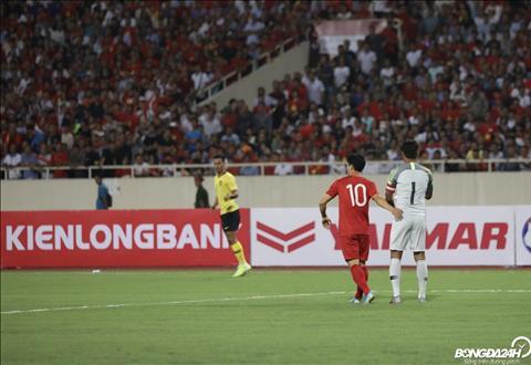 Việt Nam 1-0 Malaysia (KT) Quang Hải tỏa sáng, Việt Nam có chiến thắng đầu tiên ở vòng loại World Cup 2022 hình ảnh 2