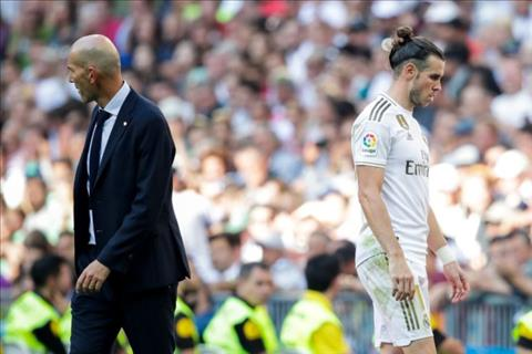 Zinedine Zidane tiết lộ sự nhiễu loạn do Mourinho mang đến hình ảnh