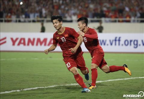 DT Viet Nam vs Malaysia Quang Hai Cong Phuong