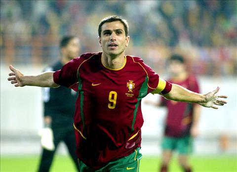Top 10 cầu thủ ghi nhiều bàn thắng nhất trong màu áo ĐT Bồ Đào Nha CR7 độc bá hình ảnh 2