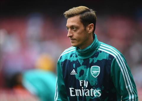Mesut Ozil không thay đổi phong cách chơi bóng hình ảnh