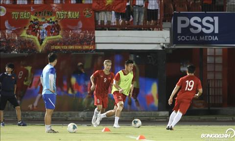 Indonesia 1-3 Việt Nam (KT) Đè bẹp đội chủ nhà, Việt Nam phá dớp không thắng Indonesia kéo dài 20 năm hình ảnh 7