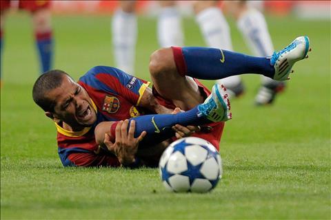 Những cầu thủ đáng ghét nhất giới bóng đá Thiên tài hay thiên tai hình ảnh 3