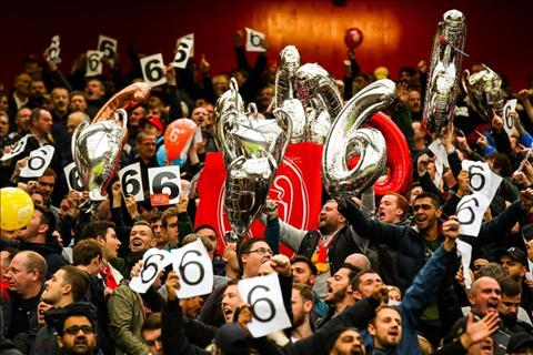 Mải đếm cúp, CĐV Liverpool chút nữa ôm hận rời Old Trafford hình ảnh