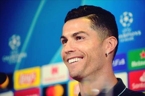 VIDEO Điều khiến Cristiano Ronaldo thấy hạnh phúc nhất là hình ảnh