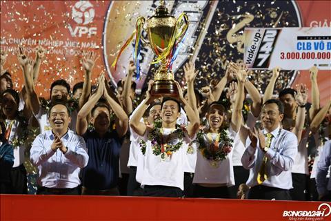 Sau man nang cup tren SVD Cua Ong, Ha Noi FC du kien se co buoi ruoc cup tai Thu do vao ngay 1/11.