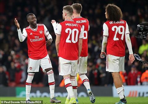 Nicolas Pepe tran Arsenal 3-2 Vitoria