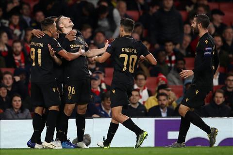 Arsenal 3-2 Guimaraes Cú đúp siêu phẩm đá phạt của Pepe giúp Pháo thủ thắng ngược đỉnh cao hình ảnh 4