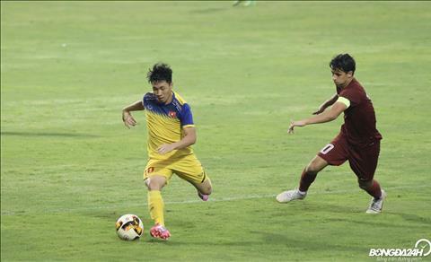Du vay, U19 Viet Nam van the hien kha nang lam chu tran dau voi nhung pha phoi hop bong ngan o toc do cao.