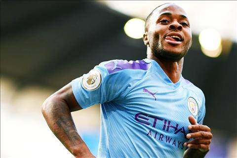 Manchester City da bien doi Raheem Sterling nhu the nao?