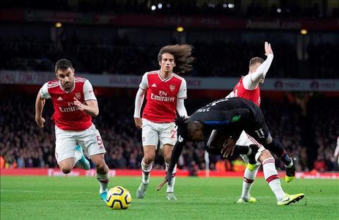 Arsenal bị hòa ngược, đội trưởng đấu đá khán giả, Emery chỉ trích tất cả hình ảnh 2