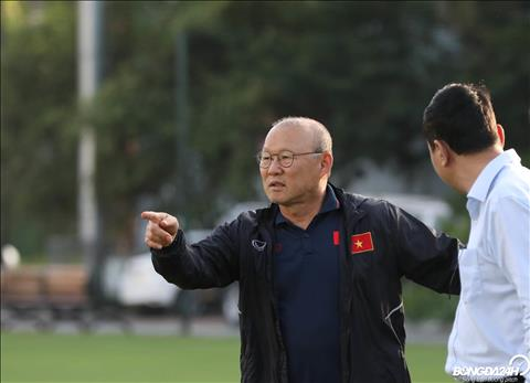 HLV Park Hang Seo và Quang Hải lọt vào danh sách rút gọn AFF Awar hình ảnh