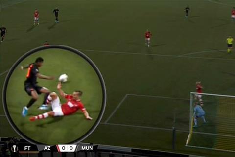 AZ Alkmaar 0-0 MU Solskjaer chỉ trích trọng tài đòi pen hình ảnh