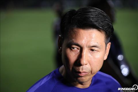 Khac voi su khep kin cua ngay hom qua, HLV Tan Cheng Hoe cung nhan loi phong van khi duoc gioi truyen thong Malaysia dat van de.