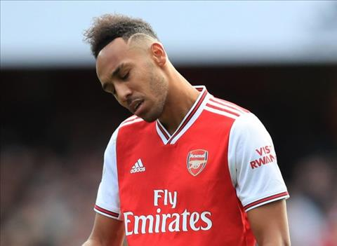 Nhả đạn đều đặn, Aubameyang vẫn bị huyền thoại Arsenal chỉ trích hình ảnh