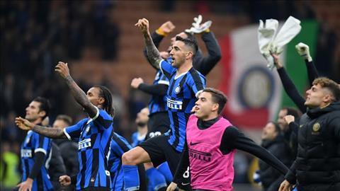 Inter Milan 2-1 Verona Định đoạt bởi siêu phẩm hình ảnh 2